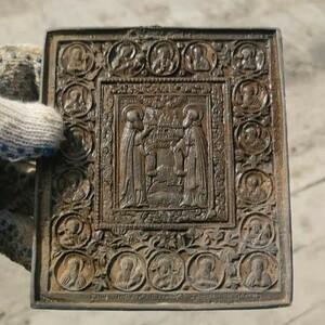 Накануне Пасхи при строительстве моста через Зею в Благовещенске нашли икону XVII века