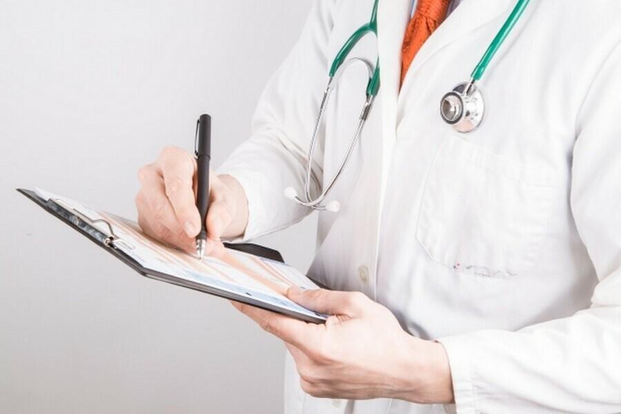 Амурским врачам хотят платить по 5 тысяч за каждый случай раннего выявления рака