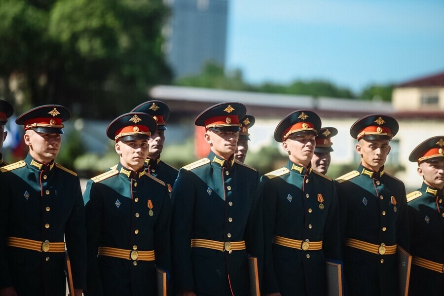 В Благовещенске состоялся очередной выпуск курсантов ДВОКУ фото