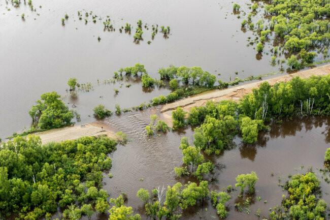 В Амурской области паводок отрезал от большой земли уже 24 села