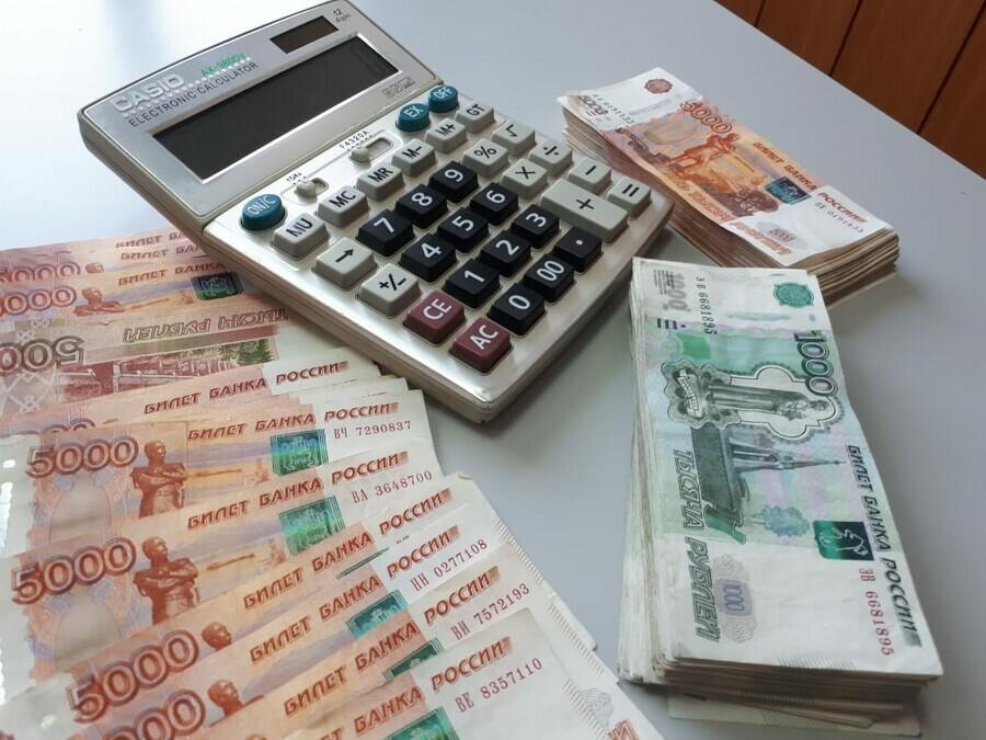Средняя зарплата в Амурской области превышает 52 тысячи рублей