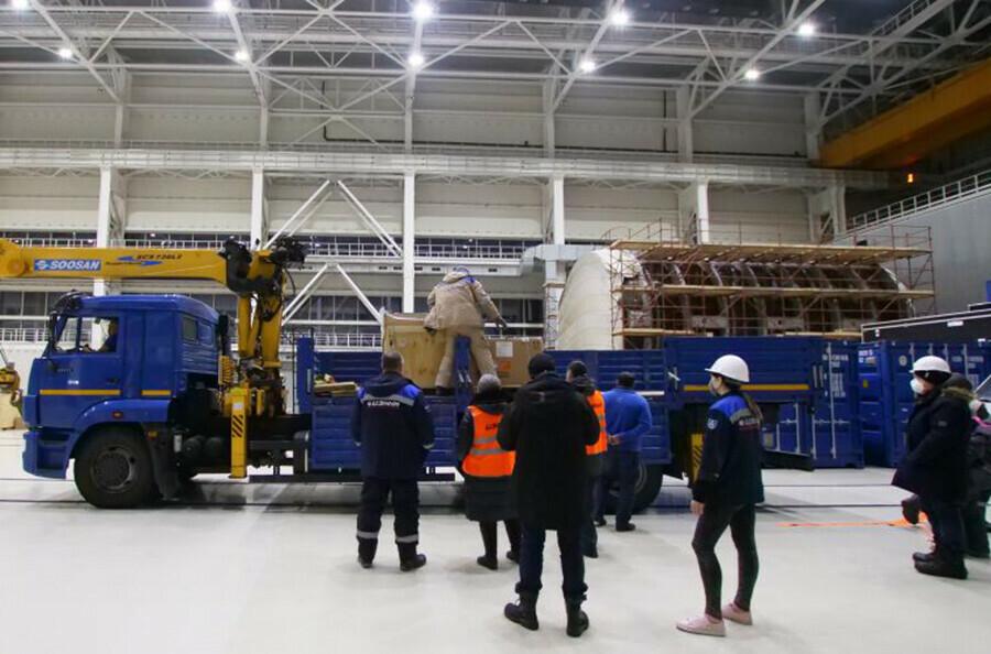 На космодром Восточный прибыла вторая партия аппаратов OneWeb Идет подготовка к запуску